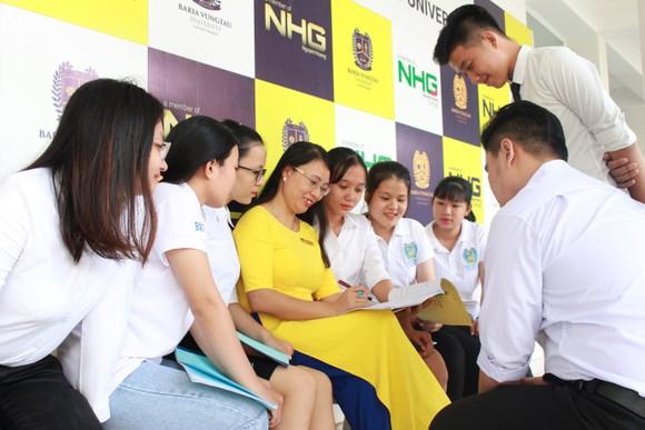 Hệ thống đại học NHG giảm học phí cho sinh viên trong mùa dịch Covid-19 ảnh 2
