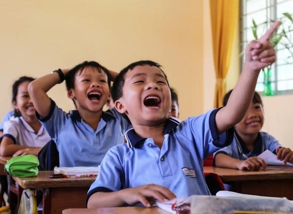 CapitaLand trao quà và học bổng cho hơn 1.400 học sinh tại 4 trường CapitaLand Hope nhân dịp Trung thu ảnh 3