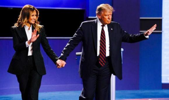 Tổng thống Mỹ Donald Trump và Đệ nhất phu nhân dương tính với virus SARS-CoV-2 ảnh 2