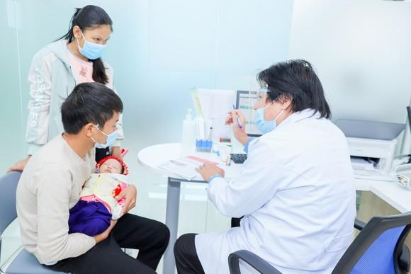 VNVC tiếp nhận đăng ký vaccine Covid-19 đầu tiên tại Việt Nam ảnh 2
