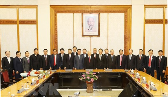 Bộ Chính trị phân công đồng chí Võ Văn Thưởng giữ chức Thường trực Ban Bí thư ảnh 2