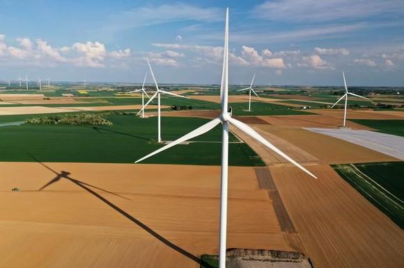 Pháp: Năng lượng tái tạo đóng góp 26,9% sản lượng điện ảnh 1