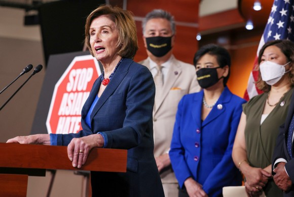Quốc hội Mỹ thông qua dự luật chống thù hận đối với người gốc Á ảnh 1