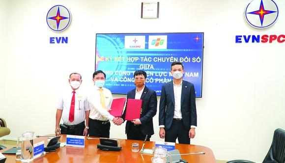 EVNSPC hợp tác với FPT để số hóa hoạt động sản xuất kinh doanh ảnh 2