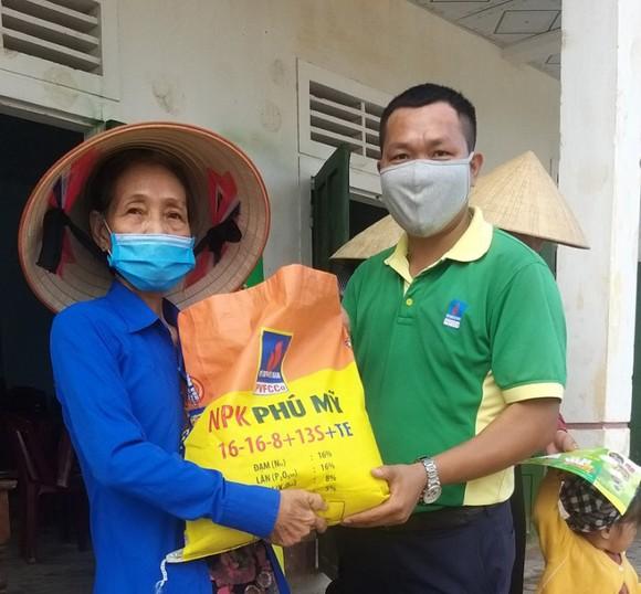 Nỗ lực tăng nguồn cung phân bón cho bà con nông dân ảnh 3