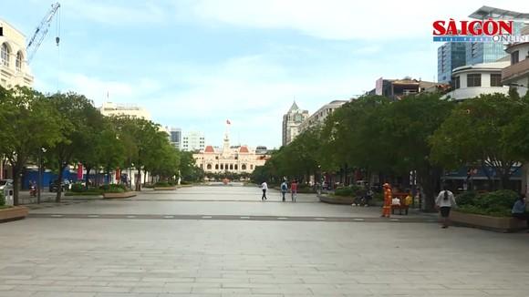 """Chủ tịch Ủy ban MTTQ Việt Nam TPHCM kêu gọi người dân đồng lòng """"Vì Thành phố mạnh khỏe, an toàn"""""""
