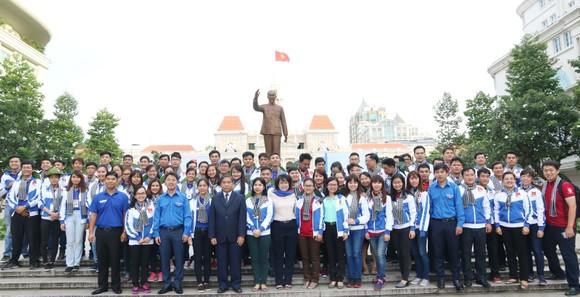 Ra quân các hoạt động tình nguyện hè tại CHDCND Lào ảnh 1