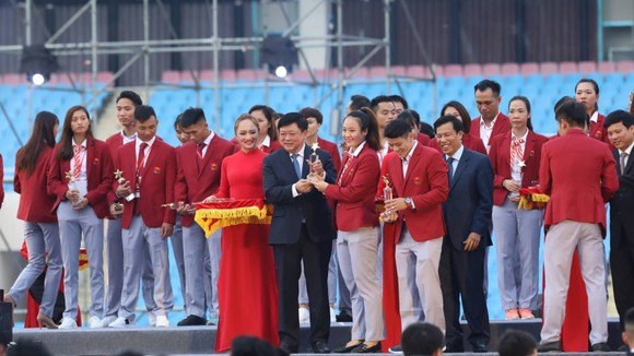 """HLV Park Hang-seo: """"Chúng tôi sẽ nỗ lực để giành chiến thắng ở AFF Cup"""" ảnh 3"""