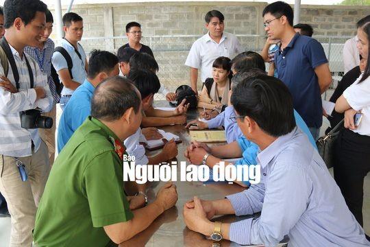 該省勞動與榮軍社會廳同富寧縣的各相關機關已同該公司舉行會議,並與工人們進行對話。(圖源:;勞動者報)