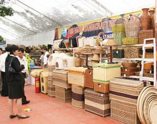藤竹葉工藝品展銷攤一瞥。(示意圖源:互聯網)