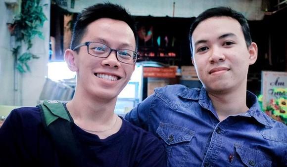 熱心回饋社群的一對好朋友:阮中源(左)及裴明英。