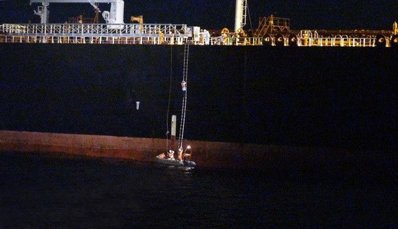 第三區域航海救援調度中心成功救援海上發生故障的外國輪船。(示意圖源:越通社)