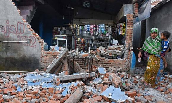 地震現場一片狼藉。(圖源:互聯網)