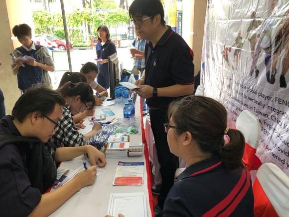 市師範大學人才招聘會每年都吸引 許多越華大學生應徵。