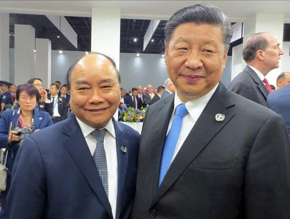 阮春福總理會見中國國家主席習近平。(圖源:越通社)
