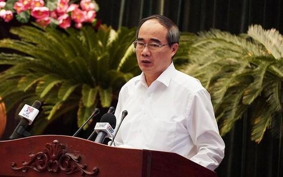 黨中央政治局委員、市委書記阮善仁在會議上致閉幕詞。(圖源:VOV)