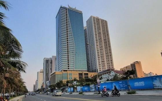 圖為峴港市芒清酒店和山茶高級公寓住房組合。(圖源:晉越)