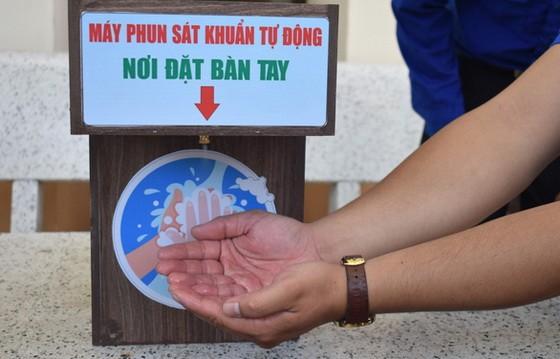 使用者只須把雙手放進3秒鐘就能確保洗得既乾淨又安全。(圖源:明戰)