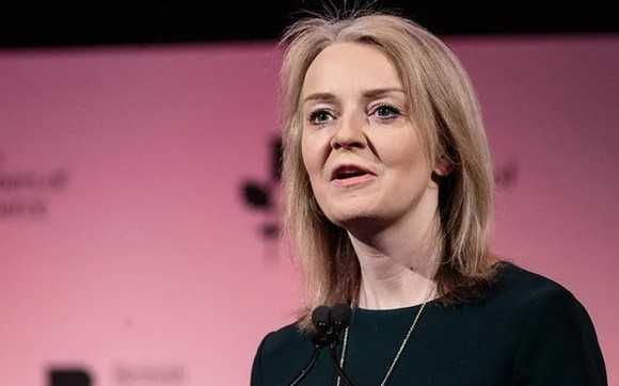 英國國際貿易大臣伊麗莎白‧特拉斯。(圖源:英國《獨立報》)