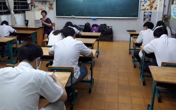 畢業考試現場一瞥。