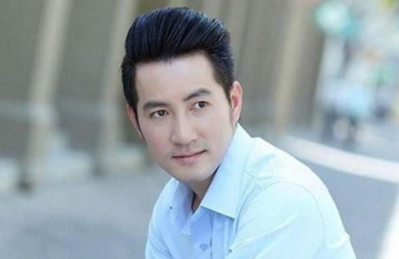 男歌手阮飛雄