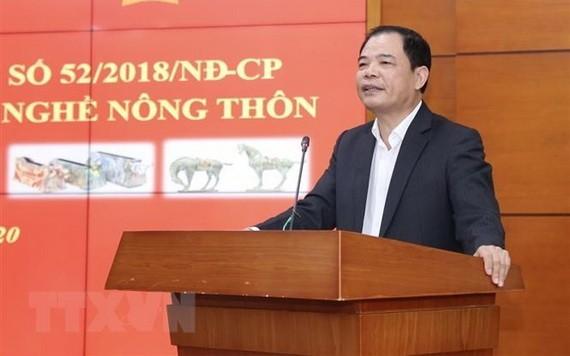 農業與農村發展部部長阮春強在會上發表講話。(圖源:越通社)