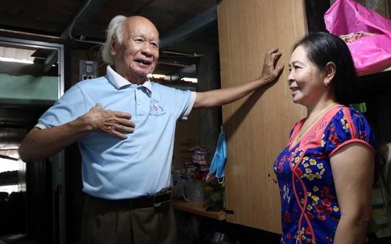 30年來,胡提為家境貧困的人免費提供住處。