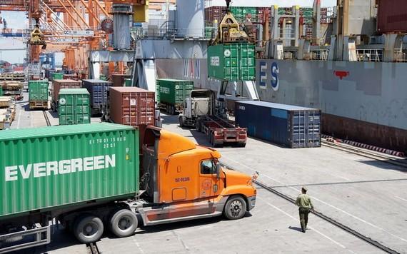國內物流企業的競爭力薄弱。