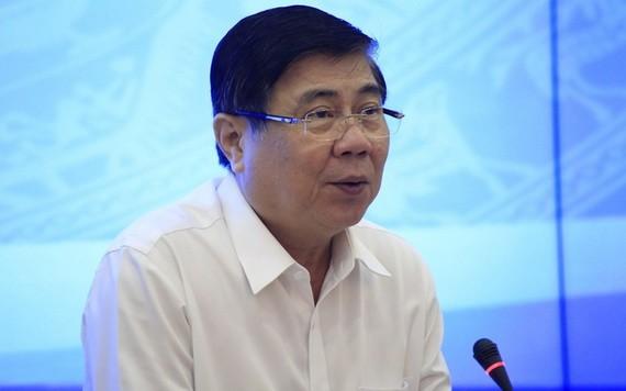 市人委會主席阮成鋒在會上發言。(圖源:阮潘)