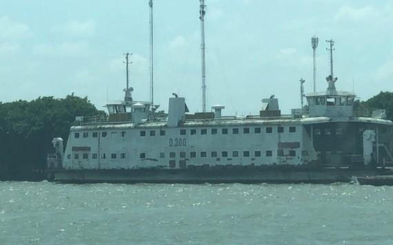 圖為從環貢渡口移交本市並在本市安富造船廠拋錨至今的D200號渡輪。(圖源:C. Thắng)