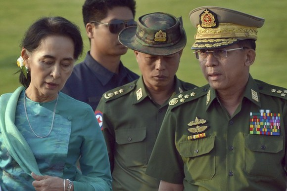 緬甸軍方逮捕昂山素姬後,宣佈為期一年的緊急狀態,緊急狀態結束後將重新舉行大選。(圖源:AP)