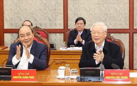 黨中央政治局同意採購新冠疫苗