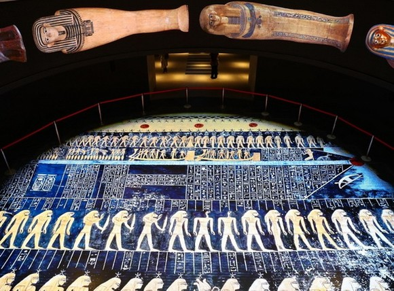埃及文明博物館王室木乃伊廳正式向公眾開放。(圖源:新華社)