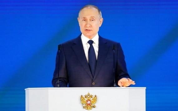 當地時間4月21日,俄羅斯總統普京向俄聯邦會議發表國情諮文。(圖源:AP)