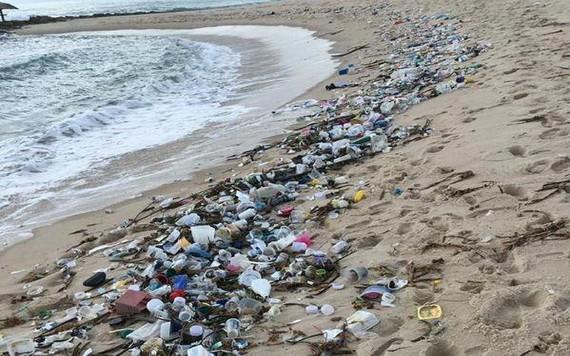 北里奧格蘭德州海灘上惊現1.5噸垃圾。(圖源:互聯網)