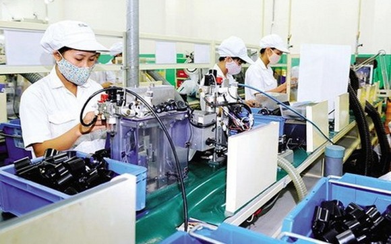 越南Toyo Denso有限責任公司(日本Toyo Denso Group的成員企業,位於南刺工業區)的本田摩托車零配件自動生產線一瞥。