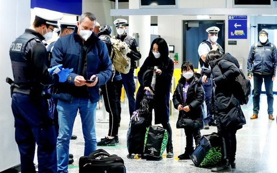 歐盟3日宣佈,研擬6月開放已經完整接種疫苗的非必要旅客赴歐洲旅遊。圖為德國法蘭克福機場。(圖源:路透社)