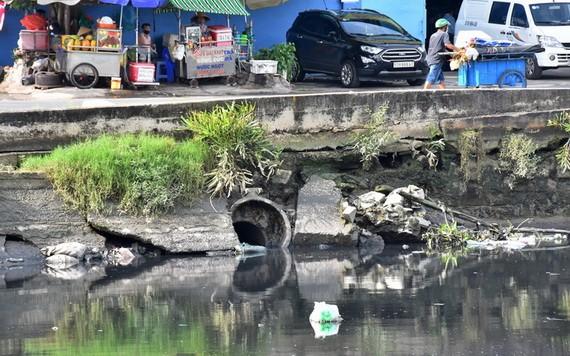 廢水排放至第八郡豆腐涌。