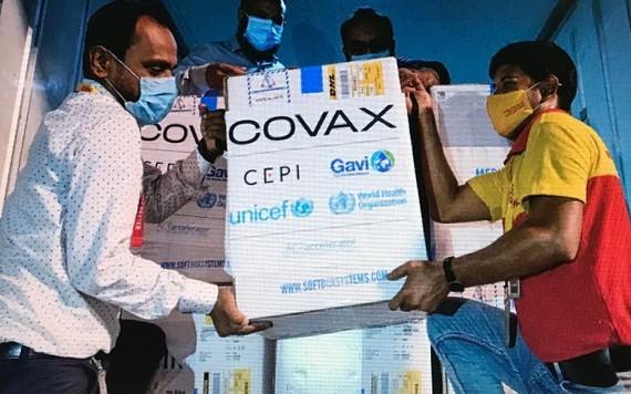 """""""新冠疫苗獲取機制""""疫苗運抵孟加拉國。(圖源:Unicef)"""