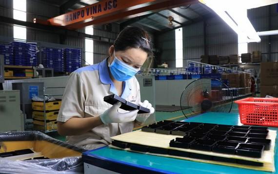 北寧省安豐工業區越南 Hanpo 股份公司生產活動一瞥。 (圖源:越通社)