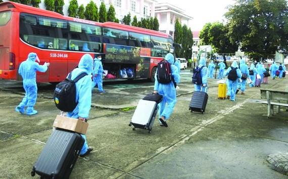 269 名崑嵩省居民從本市返鄉