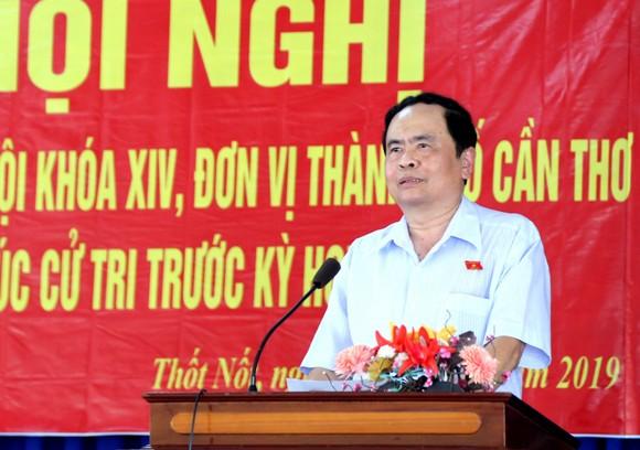 Chủ tịch Ủy ban Trung ương MTTQ Việt Nam tiếp xúc cử tri tại Cần Thơ ảnh 1