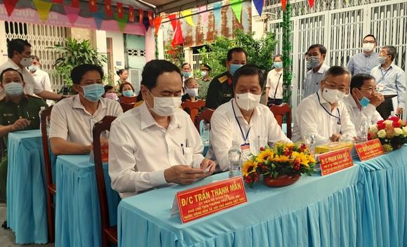 Phó Chủ tịch Thường trực Quốc hội Trần Thanh Mẫn bỏ phiếu bầu cử tại TP Cần Thơ ảnh 2