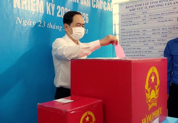 Phó Chủ tịch Thường trực Quốc hội Trần Thanh Mẫn bỏ phiếu bầu cử tại TP Cần Thơ ảnh 1