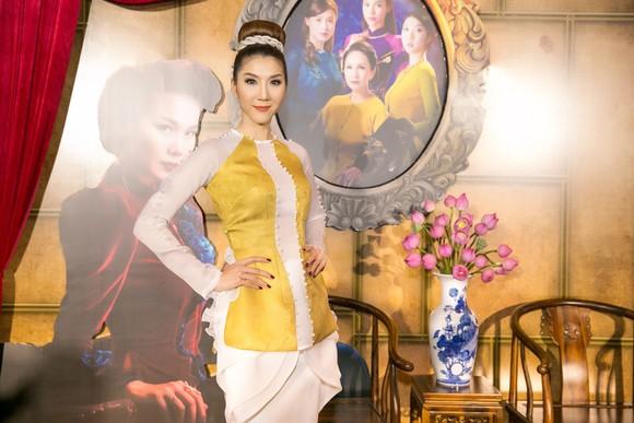 Sao Việt nô nức khoe váy áo ra mắt phim Mẹ chồng  ảnh 5