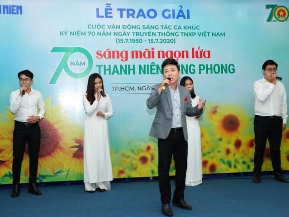 8 tác phẩm đoạt giải Cuộc vận động sáng tác ca khúc kỷ niệm 70 năm ngày truyền thống lực lượng TNXP Việt Nam ảnh 5