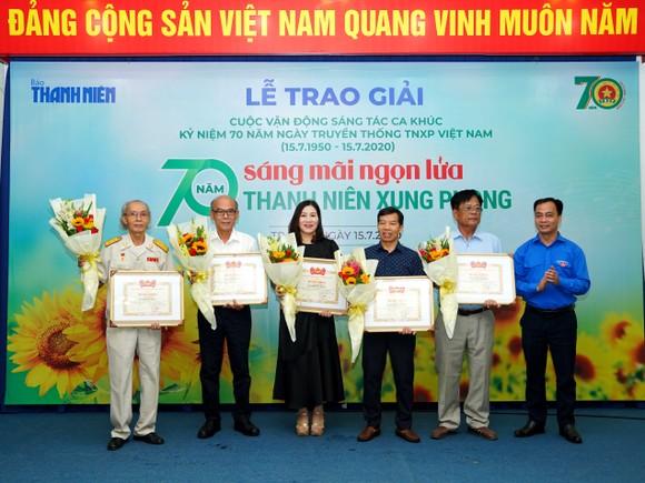 8 tác phẩm đoạt giải Cuộc vận động sáng tác ca khúc kỷ niệm 70 năm ngày truyền thống lực lượng TNXP Việt Nam ảnh 4