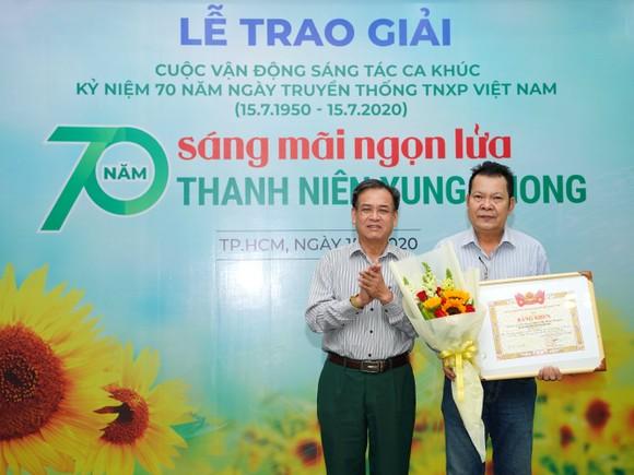 8 tác phẩm đoạt giải Cuộc vận động sáng tác ca khúc kỷ niệm 70 năm ngày truyền thống lực lượng TNXP Việt Nam ảnh 3