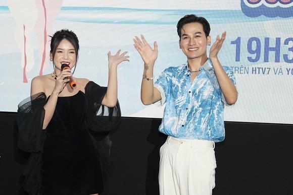 Dàn nghệ sĩ Việt cùng hội ngộ trong 'Vô lăng tình yêu' ảnh 1