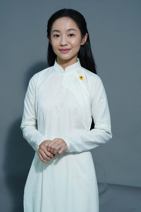 Phim 'Em và Trịnh': Lộ diện 2  nàng thơ đầu tiên  ảnh 2